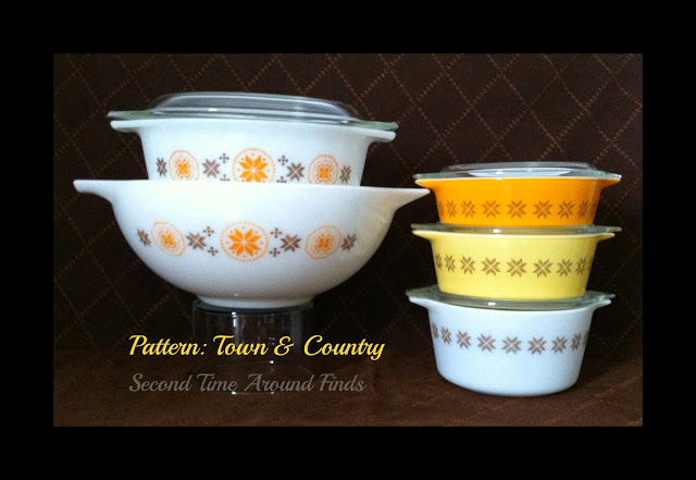 Pyrex Town & Country